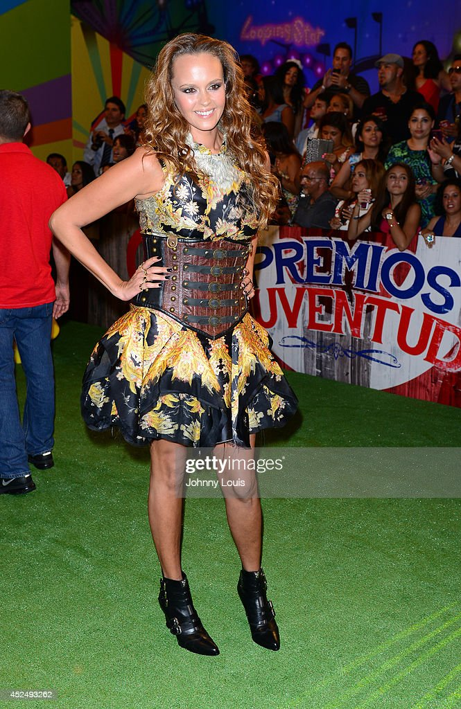 <a gi-track='captionPersonalityLinkClicked' href=/galleries/search?phrase=Shaila+Durcal&family=editorial&specificpeople=4619751 ng-click='$event.stopPropagation()'>Shaila Durcal</a> attends the Premios Juventud 2014 Awards at Bank United Center on July 17, 2014 in Miami, Florida.