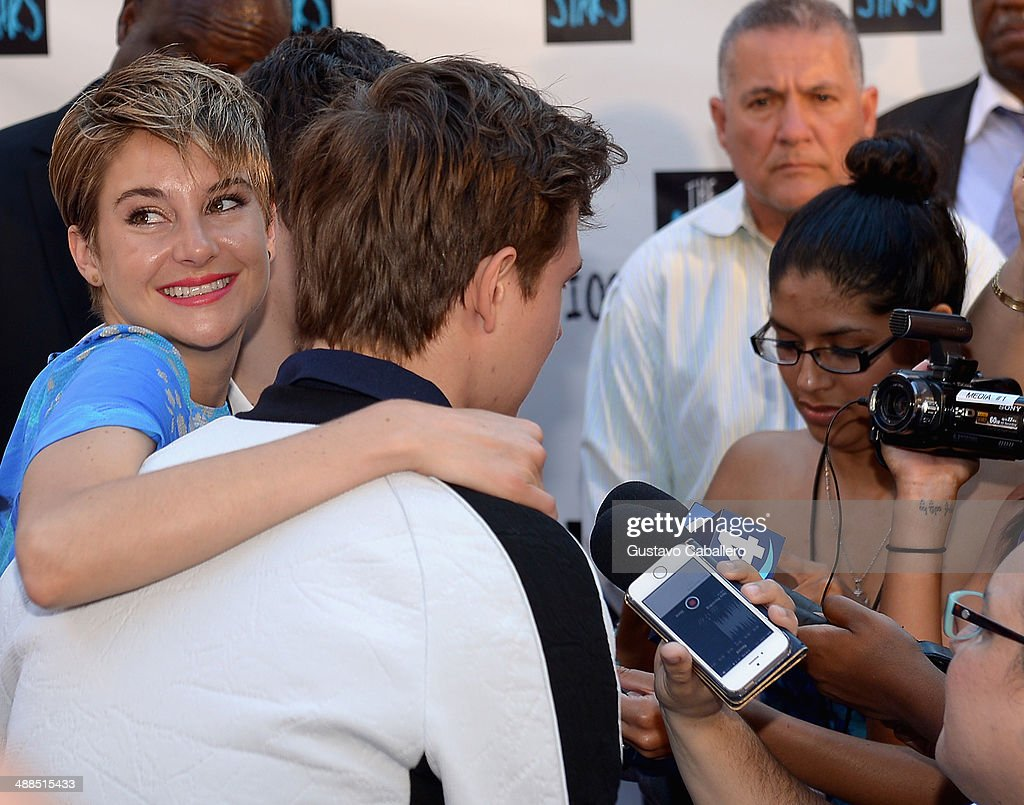 Shailene Woodley and Ansel Elgort attend the The Fault In Our Stars Miami Fan Event at Dolphin Mall on May 6, 2014 in Miami, Florida.
