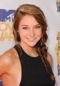 Shailene Woodley arrives at the 2010 MTV Movie Awards held at the Gibson Amphitheatre at Universal Studios on June 6 2010 in Universal City California