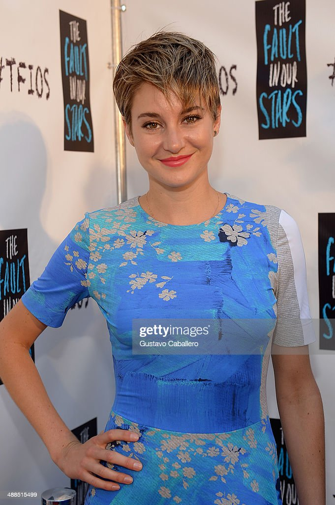<a gi-track='captionPersonalityLinkClicked' href=/galleries/search?phrase=Shailene+Woodley&family=editorial&specificpeople=676833 ng-click='$event.stopPropagation()'>Shailene Woodley</a> attends the The Fault In Our Stars Miami Fan Event at Dolphin Mall on May 6, 2014 in Miami, Florida.