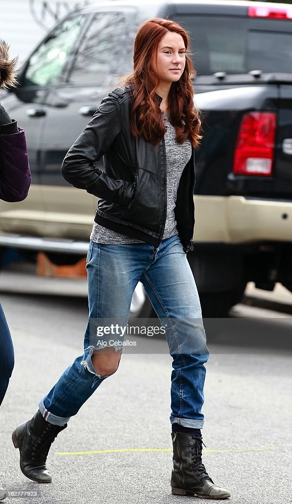 Shailene Woodley is seen on the set of 'The Amazing Spider-Man 2' on February 26, 2013 in New York City.