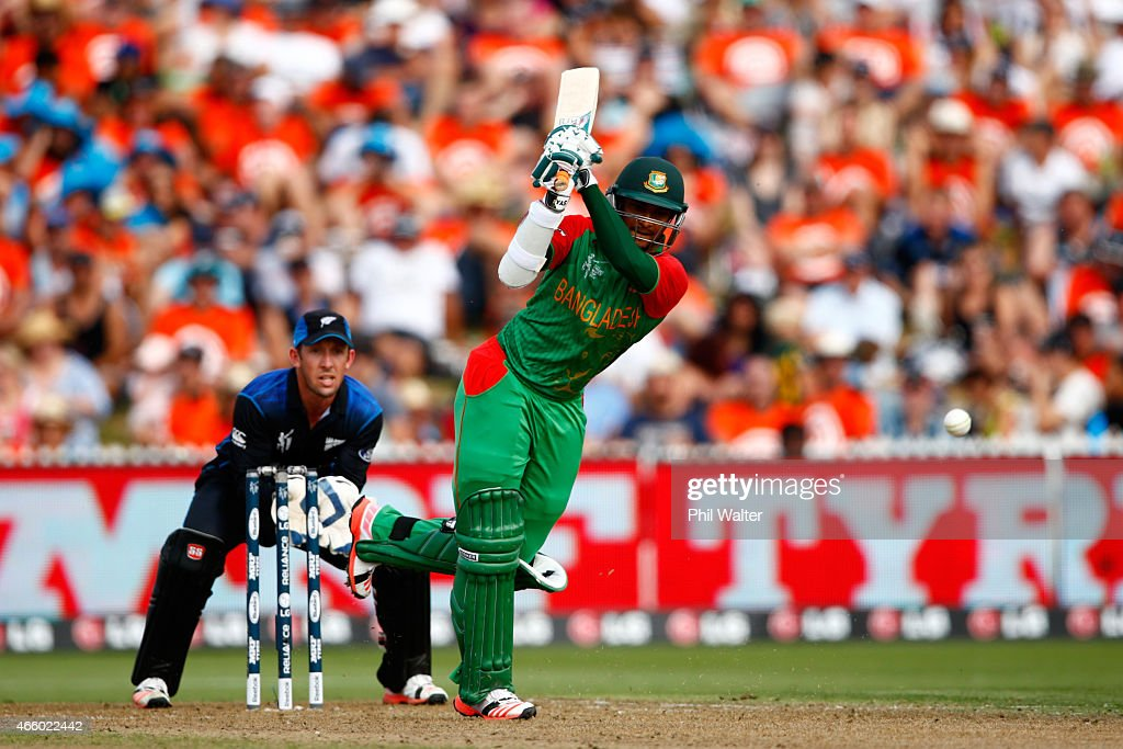 <a gi-track='captionPersonalityLinkClicked' href=/galleries/search?phrase=Shakib+Al+Hasan&family=editorial&specificpeople=4145971 ng-click='$event.stopPropagation()'>Shakib Al Hasan</a> of Bangladesh bats during the 2015 ICC Cricket World Cup match between Bangladesh and New Zealand at Seddon Park on March 13, 2015 in Hamilton, New Zealand.