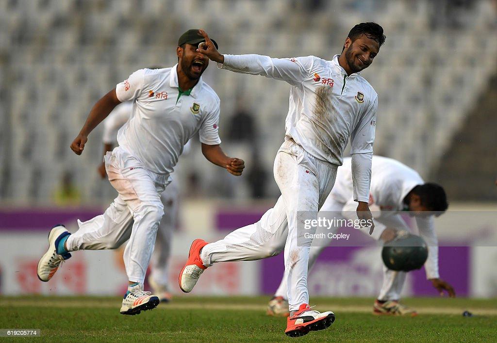 Bangladesh v England - Second Test: Day Three