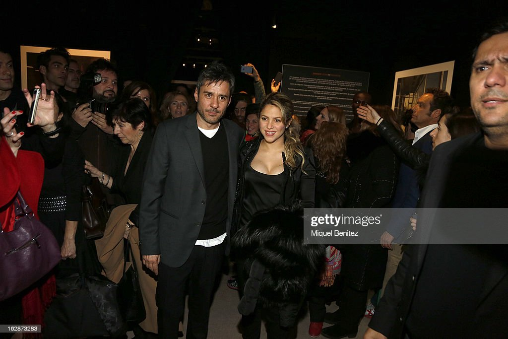 <a gi-track='captionPersonalityLinkClicked' href=/galleries/search?phrase=Shakira&family=editorial&specificpeople=160650 ng-click='$event.stopPropagation()'>Shakira</a> (R) and Jaume de la Iguana attend the 'Jaime de la Iguana Exhibition' at Palau Robert on February 28, 2013 in Barcelona, Spain.
