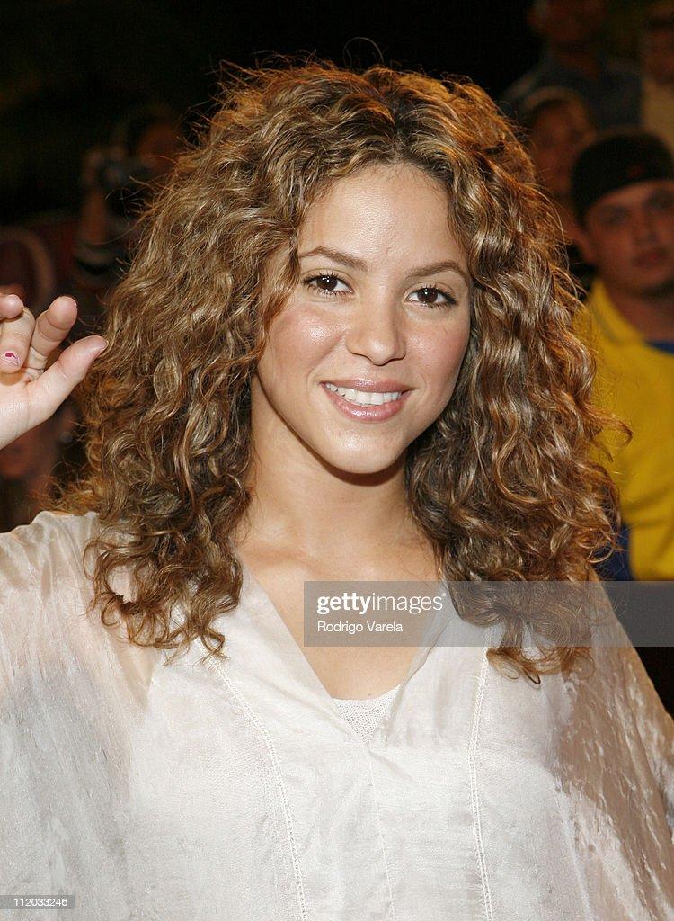 Shakira during 2006 Premio Lo Nuestro - Red Carpet Arrivals at American Airlines Arena in Miami, Florida, United States.