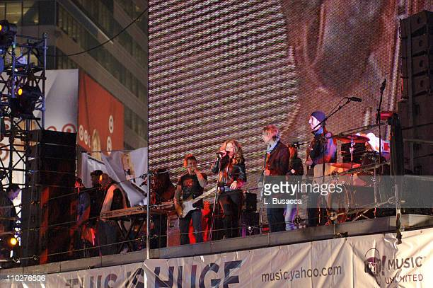 Shakira during Shakira's Surprise Concert On The Reuters Sign Celebrating New Album and Her Inclusion in Yahoo Music's Mini Pop Campaign at The...