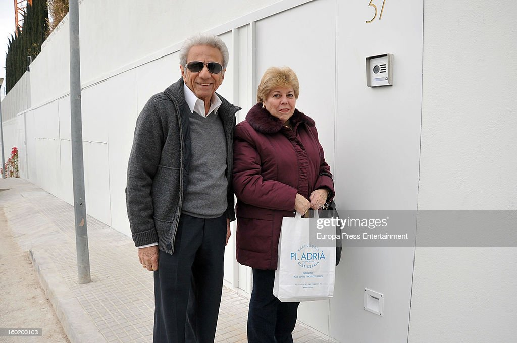 Shakira's parents William Mebarak and Nidia Ripoll arrive at Shakira's home on January 27, 2013 in Barcelona, Spain.