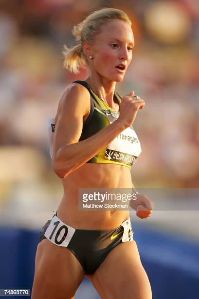Shalane Flanagan competes in the women's 5000 meter run on the second day of the ATT USA Outdoor Track and Field Championships at IU Michael A...