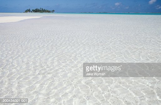 Shallow tropical water : Stock Photo