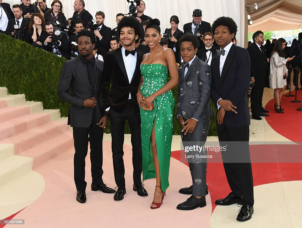 Shameik Moore, Justice Smith, Herizen F. Guardiola, Tremaine Brown Jr., and Skylan Brooks attend the 'Manus x Machina: Fashion In An Age Of Technology' Costume Institute Gala at Metropolitan Museum of Art on May 2, 2016 in New York City.