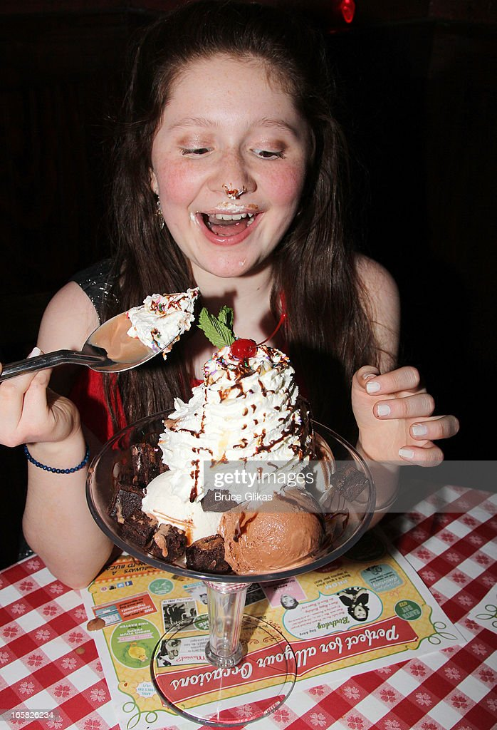 'Shameless' star Emma Kenney visits Buca di Beppo in Times Square on April 5, 2013 in New York City.