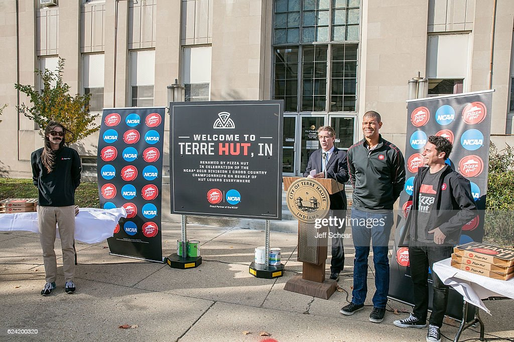 Shane Battier, NCAA Champion and former College Basketball Player of the Year, joined the Pizza Hut All-American, (R) Jason Fisher, and (3rd from R) Terre Haute Mayor Duke Bennett, and (L) Noah Droddy, two-time NCAA All-American and cross country legend from Indianapolis at a ceremony to officially rename the city as 'Terre Hut' in celebration of Pizza Hut's partnership with the NCAA and the Division I Cross Country Championship on November 18, 2016 in Terre Haute, Indiana.