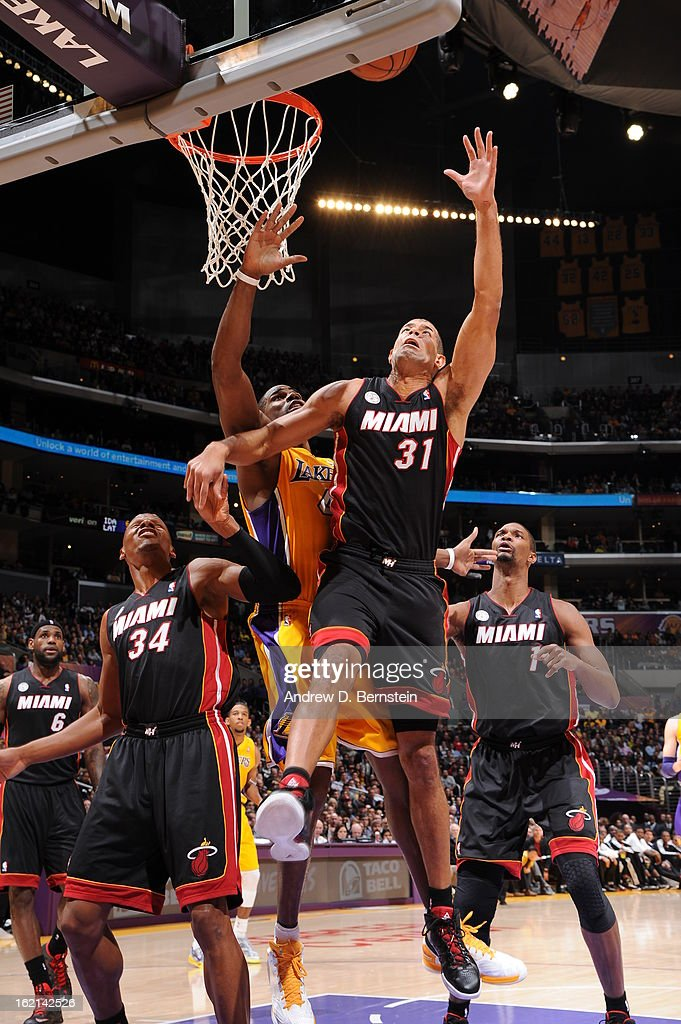 Shane Battier #31 of the Miami Heat drives to the basket against the Los Angeles Lakers at Staples Center on January 17, 2013 in Los Angeles, California.