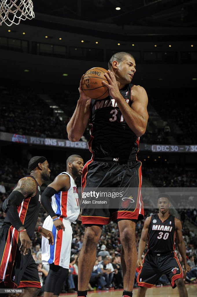 Shane Battier #3 of the Miami Heat grabs a rebound against the Detroit Pistons during the game on December 28, 2012 at The Palace of Auburn Hills in Auburn Hills, Michigan.