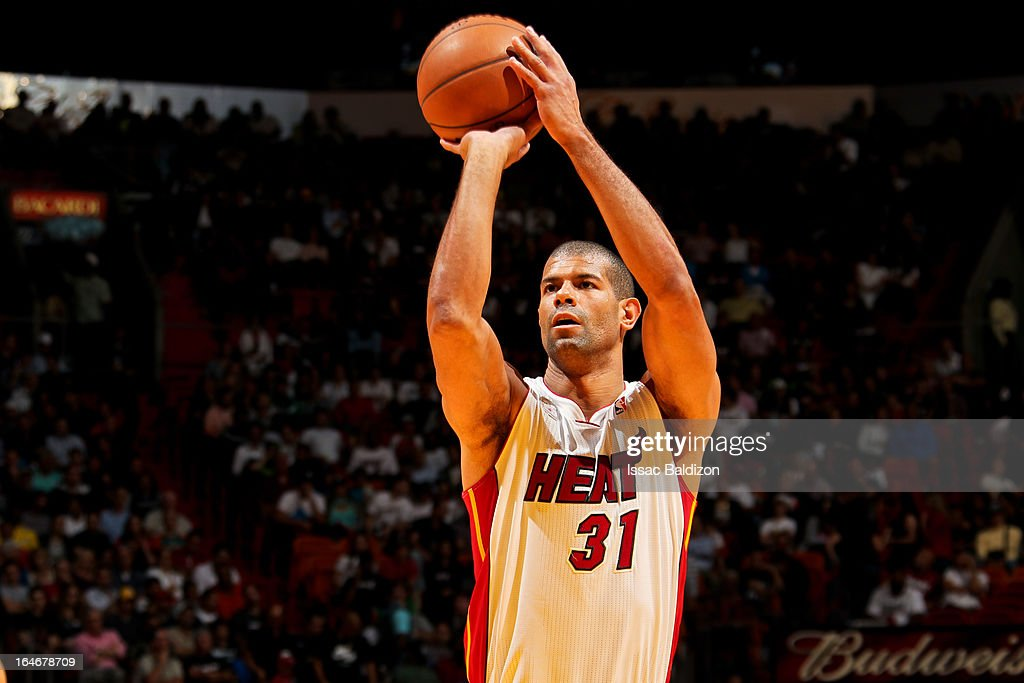 <a gi-track='captionPersonalityLinkClicked' href=/galleries/search?phrase=Shane+Battier&family=editorial&specificpeople=201814 ng-click='$event.stopPropagation()'>Shane Battier</a> #31 of the Miami Heat shoots a free-throw against the Atlanta Hawks on March 12, 2013 at American Airlines Arena in Miami, Florida.