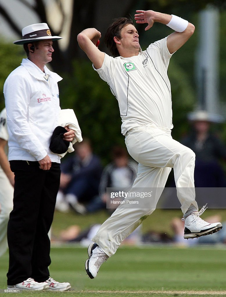 Shane Bond of New Zealand bowls during day five of the First Test match between New Zealand and Pakistan at the University Oval on November 28 2009...