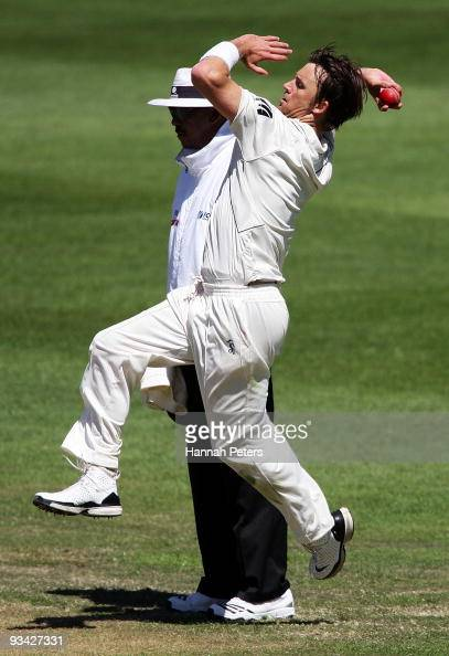 Shane Bond of New Zealand bowls during day three of the First Test match between New Zealand and Pakistan at University Oval on November 26 2009 in...