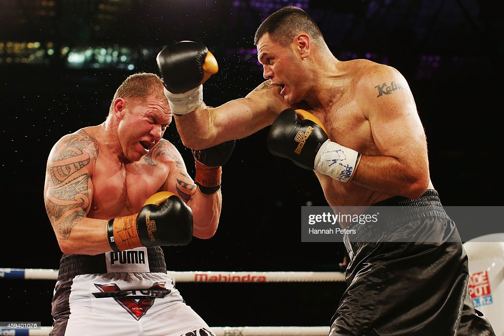 Shane Cameron of New Zealand fights Kali Meehan of New Zealand during the Heavyweight Title bout between Shane Cameron and Kali Meehan at Super 8...