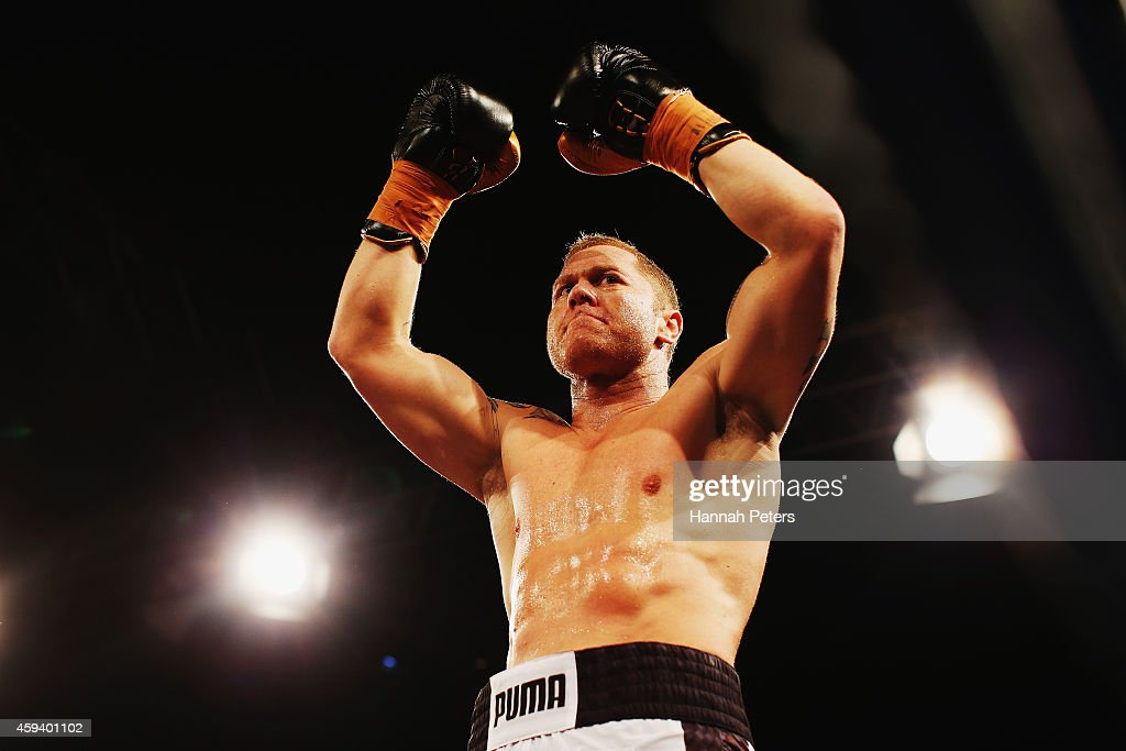 Shane Cameron of New Zealand thanks the crowd before the Heavyweight Title bout between Shane Cameron and Kali Meehan at Super 8 Fight Night on...