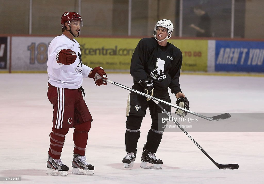 Shane Doan #19 of the Phoenix Coyotes and Sidney Crosby #87 of the Pittsburgh Penguins participate in a workout at the Ice Den on December 3, 2012 in Scottsdale, Arizona. More than a dozen players from around the league that are not able to play during the NHL lockout have been attending workouts at the Phoenix Coyotes practice rink.
