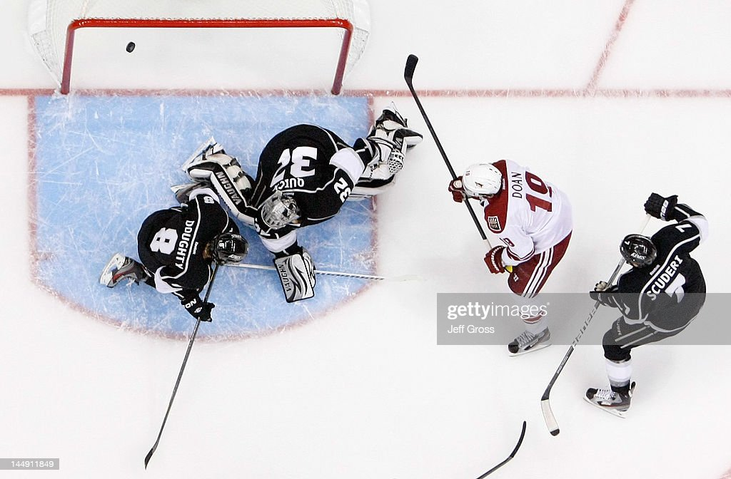 Shane Doan of the Phoenix Coyotes scores a power play goal in the first period past goaltender Jonathan Quick of the Los Angeles Kings in Game Four...