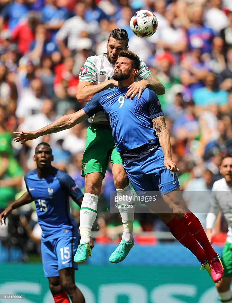 Shane Duffy (IRL), Olivier Giroud (FRA), during the UEFA EURO 2016 round of 16 match between France and Republic of Ireland at Stade des Lumieres on June 26, 2016 in Lyon, France.