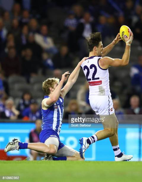 Shane Kersten of the Dockers marks the ball during the round 16 AFL match between the North Melbourne Kangaroos and the Fremantle Dockers at Etihad...