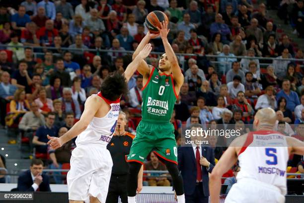 Shane Larkin #0 of Baskonia Vitoria Gasteiz in action during the 2016/2017 Turkish Airlines EuroLeague Playoffs leg 3 game between Baskonia Vitoria...