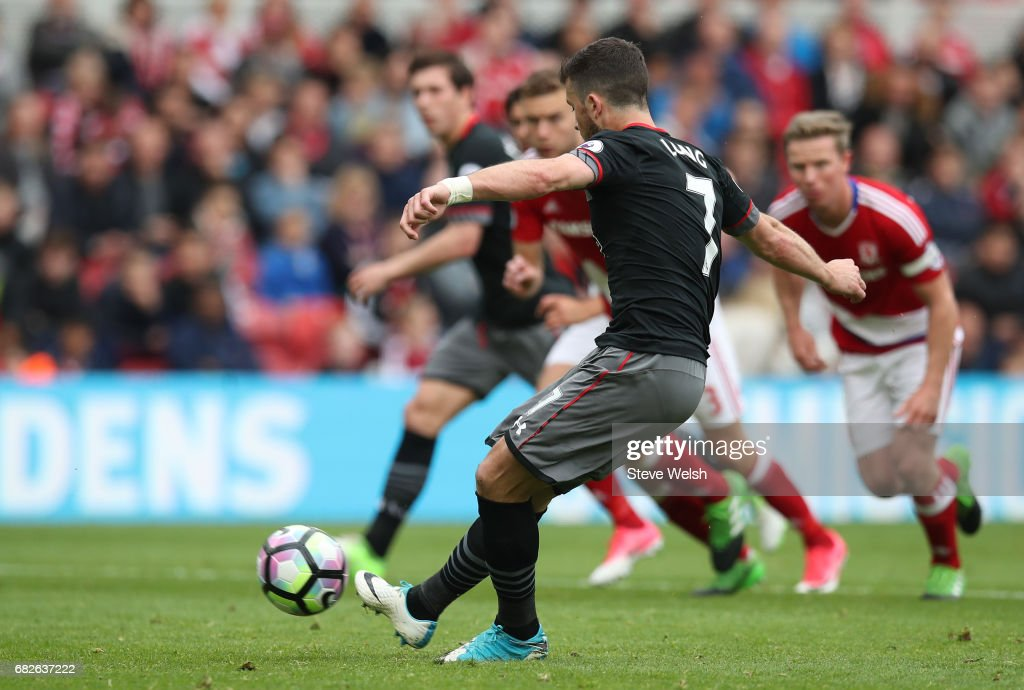 Shane Long of Southampton misses a penalty during the Premier League match between Middlesbrough and Southampton at Riverside Stadium on May 13, 2017 in Middlesbrough, England.