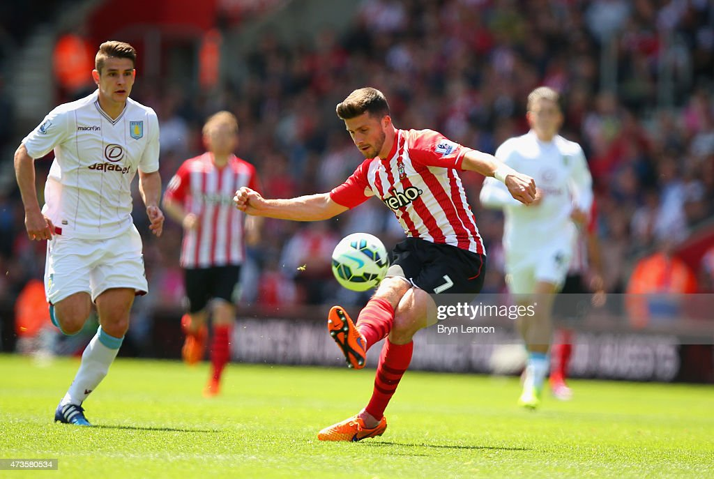 Shane Long of Southampton scores his team's fifth goal during the Barclays Premier League match between Southampton and Aston Villa at St Mary's Stadium on May 16, 2015 in Southampton, England.