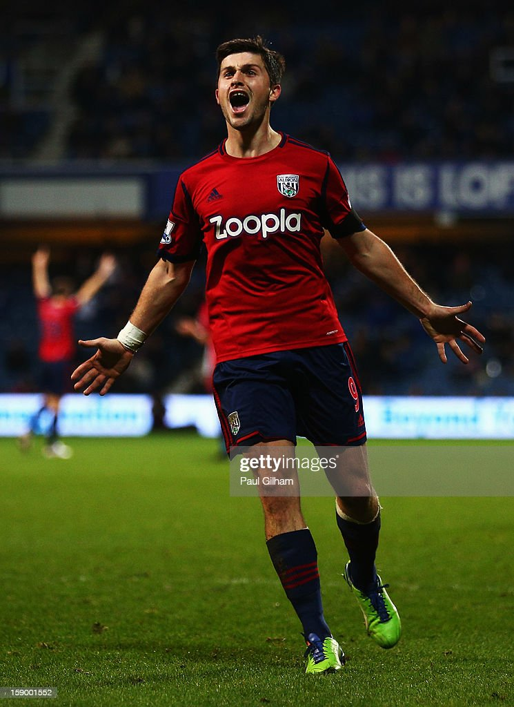 <a gi-track='captionPersonalityLinkClicked' href=/galleries/search?phrase=Shane+Long&family=editorial&specificpeople=661194 ng-click='$event.stopPropagation()'>Shane Long</a> of West Bromwich Albion celebrates scoring the first goal for West Bromwich Albion during the FA Cup with Budweiser Third Round match between Queens Park Rangers and West Bromwich Albion at Loftus Road on January 5, 2013 in London, England.