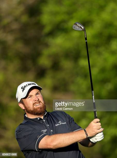 Shane Lowry of Ireland plays his tee shot on the par 3 17th hole in his match against Sergio Garcia during the first round of the 2017 Dell Match...