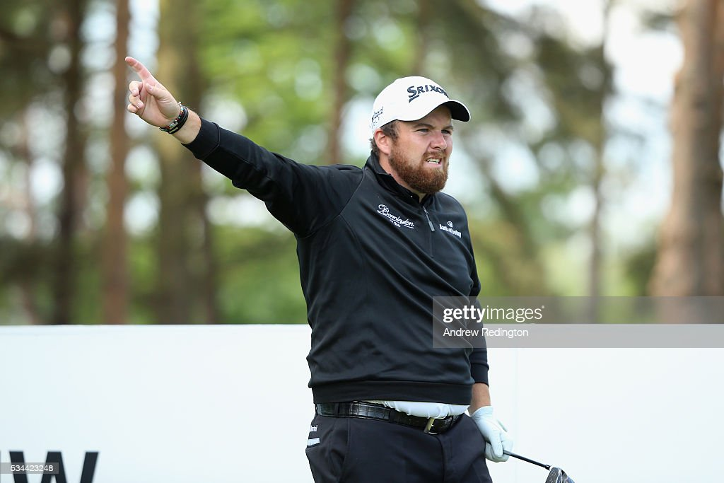 <a gi-track='captionPersonalityLinkClicked' href=/galleries/search?phrase=Shane+Lowry+-+Golfista&family=editorial&specificpeople=12866010 ng-click='$event.stopPropagation()'>Shane Lowry</a> of Ireland reacts on the 11th tee during day one of the BMW PGA Championship at Wentworth on May 26, 2016 in Virginia Water, England.