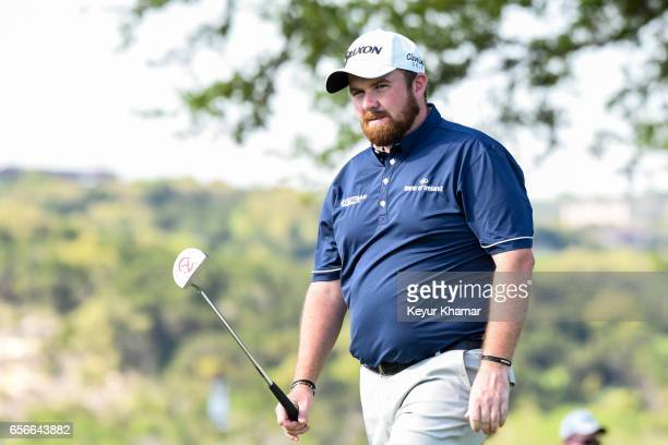 Shane Lowry of Ireland reacts to his putt on the 10th hole green during round one of the World Golf Championships Dell Technologies Match Play at...