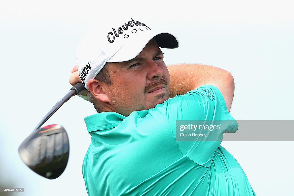 <a gi-track='captionPersonalityLinkClicked' href=/galleries/search?phrase=Shane+Lowry+-+Golfer&family=editorial&specificpeople=12866010 ng-click='$event.stopPropagation()'>Shane Lowry</a> of Ireland tees off during practice ahead of the World Cup Of Golf at Royal Melbourne Golf Course on November 19, 2013 in Melbourne, Australia.