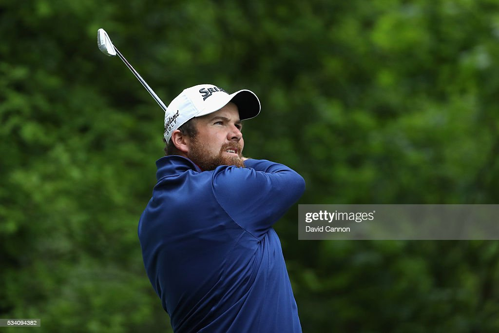 <a gi-track='captionPersonalityLinkClicked' href=/galleries/search?phrase=Shane+Lowry+-+Golfer&family=editorial&specificpeople=12866010 ng-click='$event.stopPropagation()'>Shane Lowry</a> of Ireland tees off during the Pro-Am prior to the BMW PGA Championship at Wentworth on May 25, 2016 in Virginia Water, England.