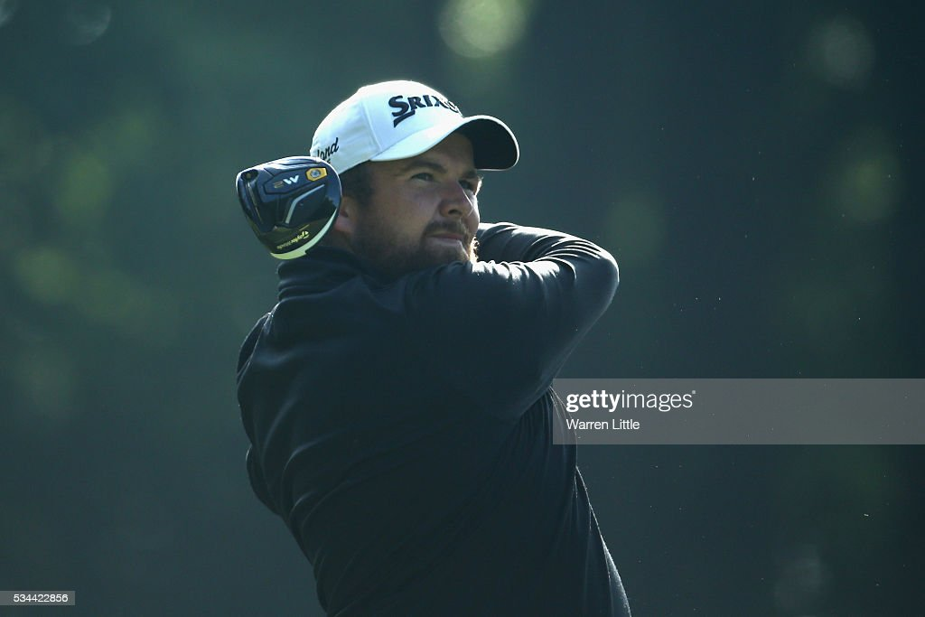 <a gi-track='captionPersonalityLinkClicked' href=/galleries/search?phrase=Shane+Lowry+-+Golfer&family=editorial&specificpeople=12866010 ng-click='$event.stopPropagation()'>Shane Lowry</a> of Ireland tees off on the 3rd hole during day one of the BMW PGA Championship at Wentworth on May 26, 2016 in Virginia Water, England.