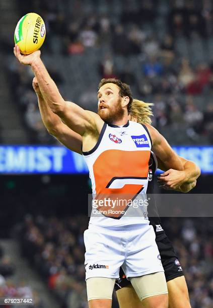 Shane Mumford of the Giants compete in the ruck against Sam Gilbert of the Saints during the round seven AFL match between the St Kilda Saints and...