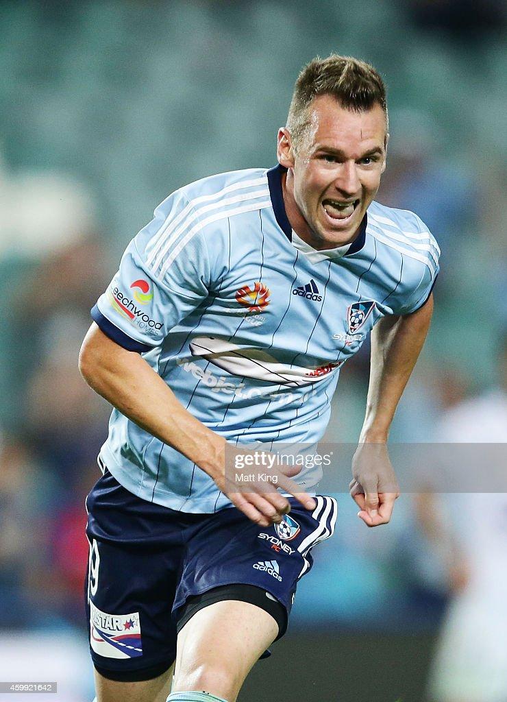 A-League Rd 10 - Sydney v Perth
