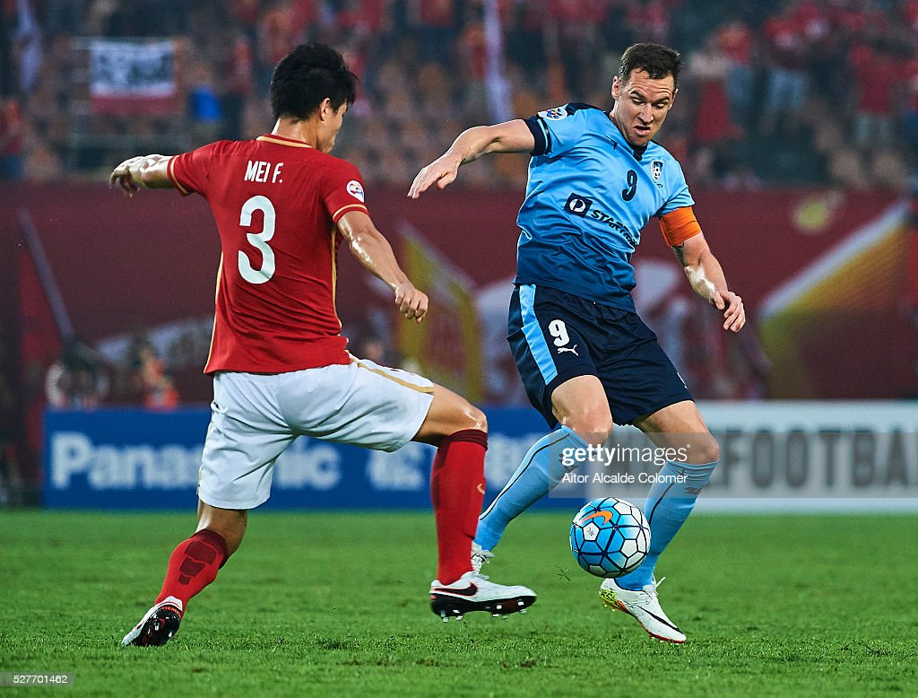 Shane Smeltz of Sydney FC handles the ball during the AFC Asian Champions League match between Guangzhou Evergrande FC and Sydney FC at Tianhe Stadium on May 3, 2016 in Guangzhou, China.