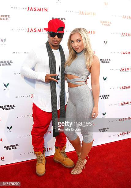 Shane Sparks and Cassidy Payne attend Meeting JASMIN Fine Art Exhibition at Ace Gallery on July 14 2016 in Los Angeles California