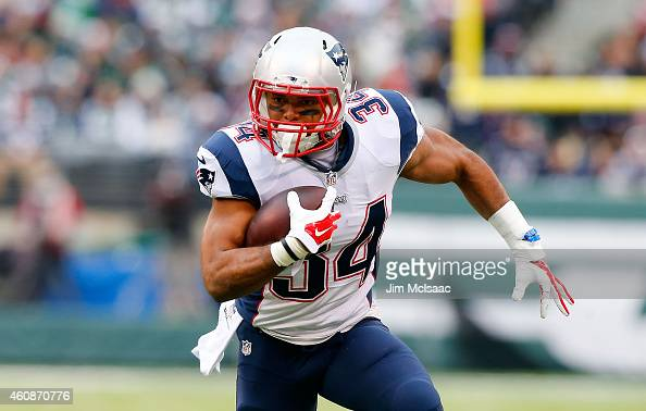 Shane Vereen of the New England Patriots in action against the New York Jets on December 21 2014 at MetLife Stadium in East Rutherford New Jersey The...