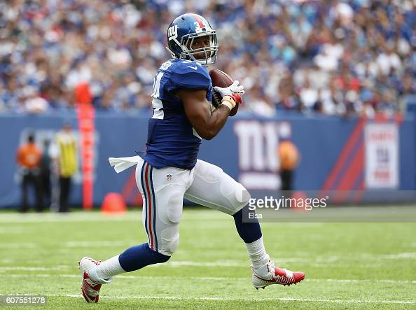 Shane Vereen of the New York Giants runs with the ball against New Orleans Saints during the first quarter at MetLife Stadium on September 18 2016 in...