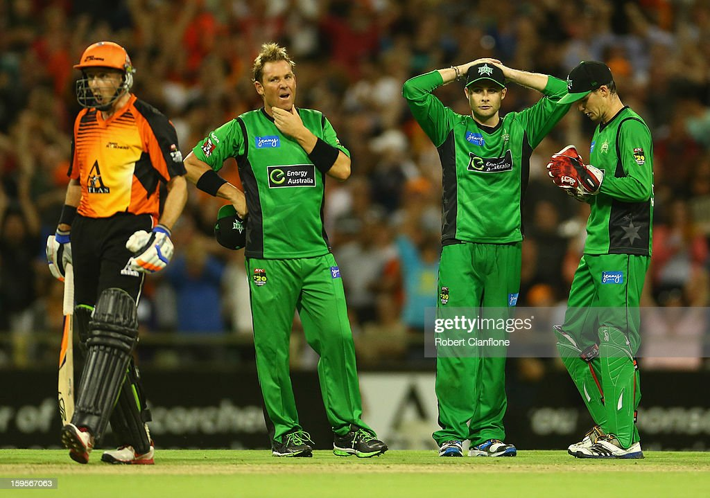 Shane Warne, Luke Wright and Peter Handscomb of the Stars look dejected after the last ball was awarded a free hit during the Big Bash League semi-final match between the Perth Scorchers and the Melbourne Stars at the WACA on January 16, 2013 in Perth, Australia.