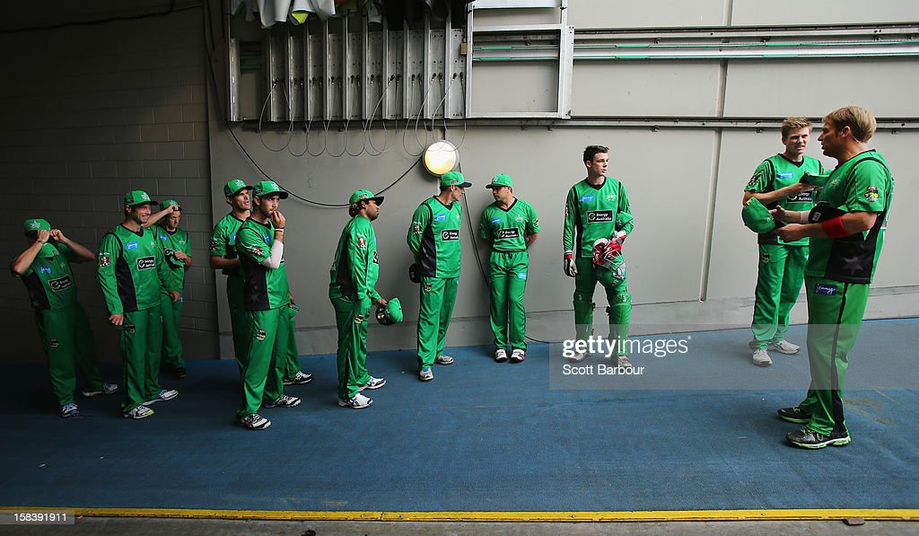 <a gi-track='captionPersonalityLinkClicked' href=/galleries/search?phrase=Shane+Warne&family=editorial&specificpeople=167242 ng-click='$event.stopPropagation()'>Shane Warne</a> of the Stars prepares to lead his team onto the field during the Big Bash League match between the Melbourne Stars and the Hobart Hurricanes at the Melbourne Cricket Ground on December 15, 2012 in Melbourne, Australia.