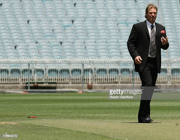 Shane Warne poses for the media after announcing his retirement from international cricket during a press conference at the Melbourne Cricket Ground...