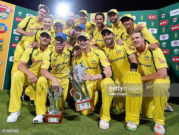 Shane Watson and team mates celebrate after winning the 3rd KFC T20 International match between South Africa and Australia at PPC Newlands on March...