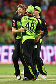 Shane Watson of the Thunder celebrates dismissing Trent Lawford of the Sixers during the Big Bash League match between the Sydney Thunder and the...