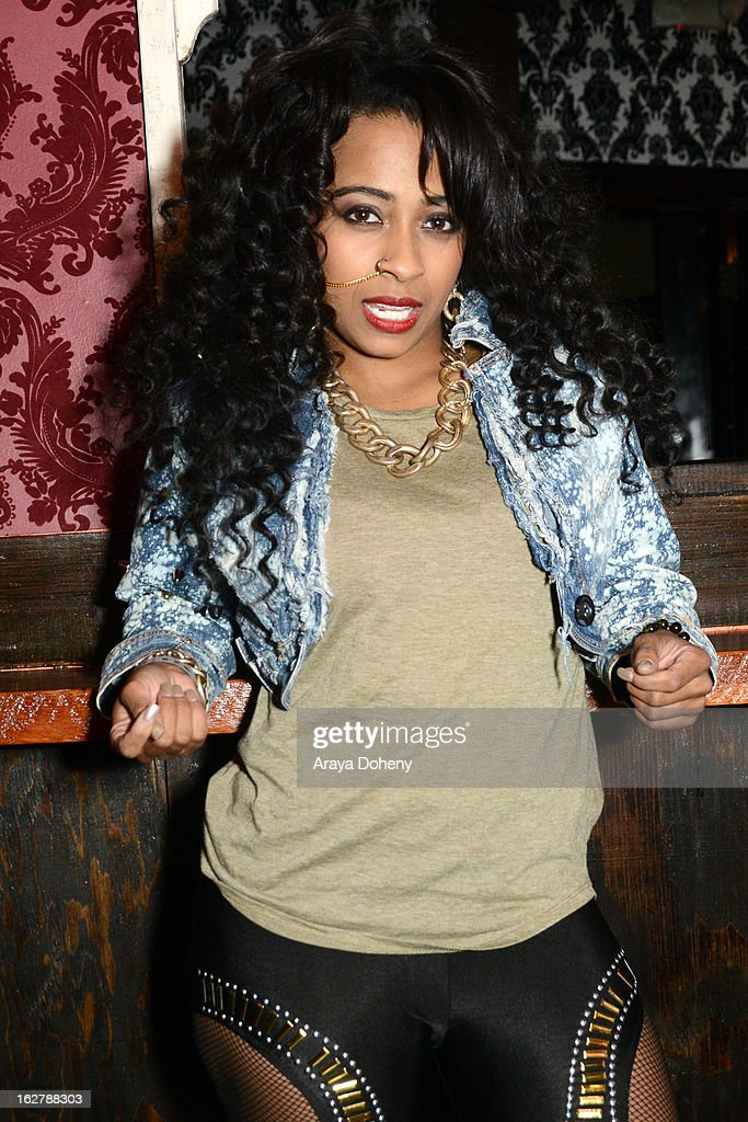 Shanell poses backstage at the Gibson Guitar and TahMc Entertainment presents 'The Love, Life And Reality Show' at Federal Bar on February 26, 2013 in Hollywood, California.
