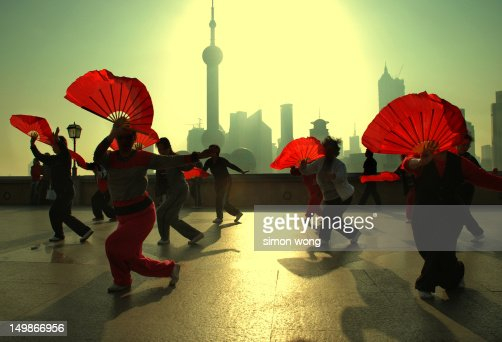 Shanghai fan dance : Stock Photo